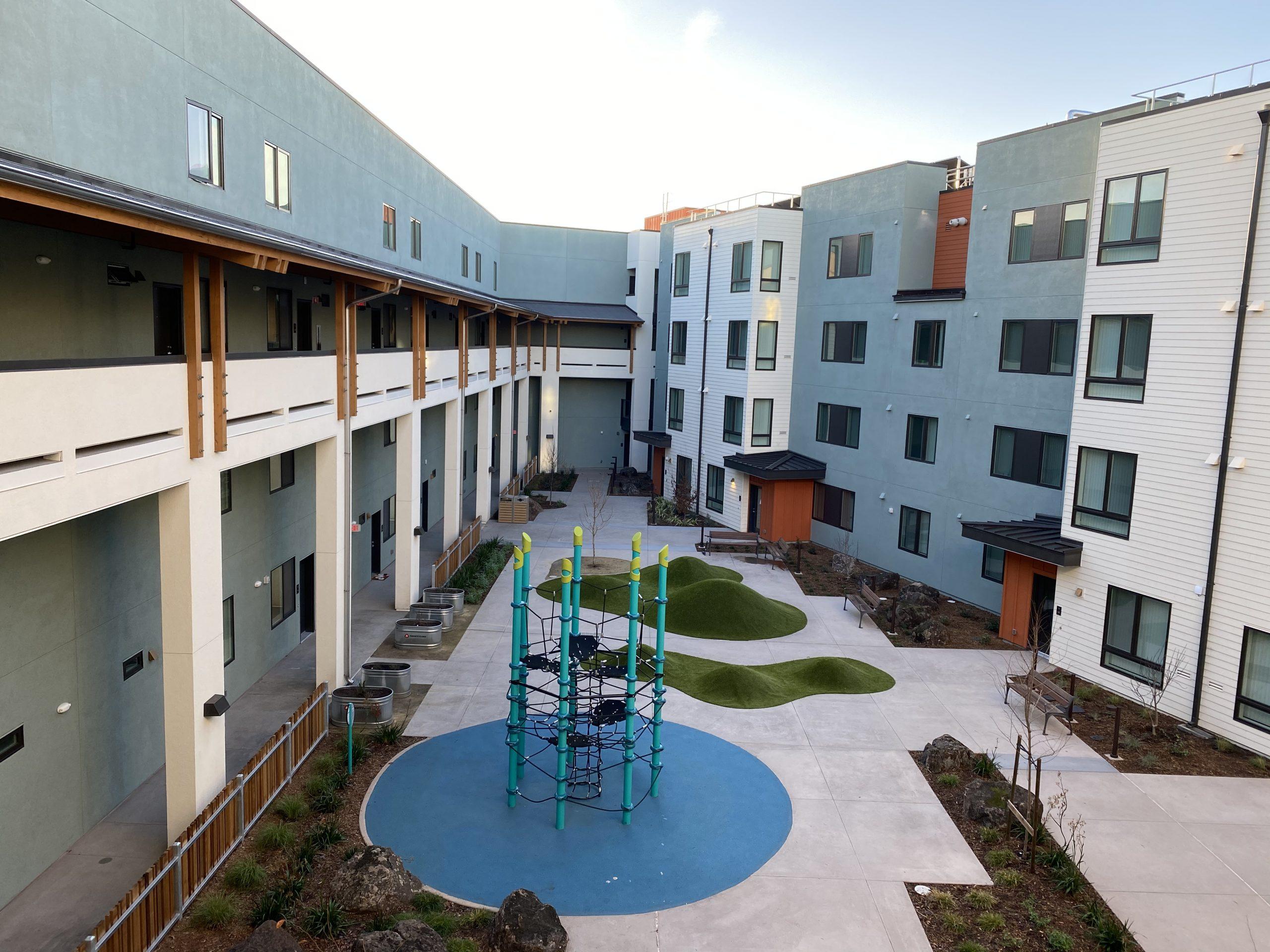 Casa Arabella Oakland, CA